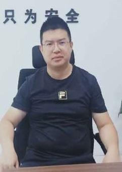 常务副会长 冯松龄